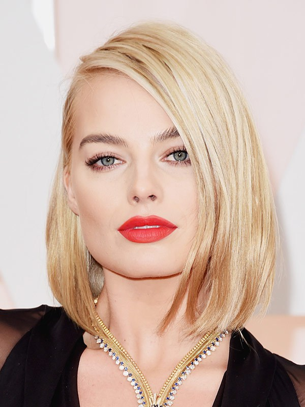 margot-robbie-oscars-2015-academy-awards